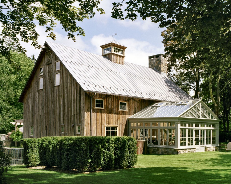 Farmhouses and barns amy hirschamy hirsch for Houses with barns