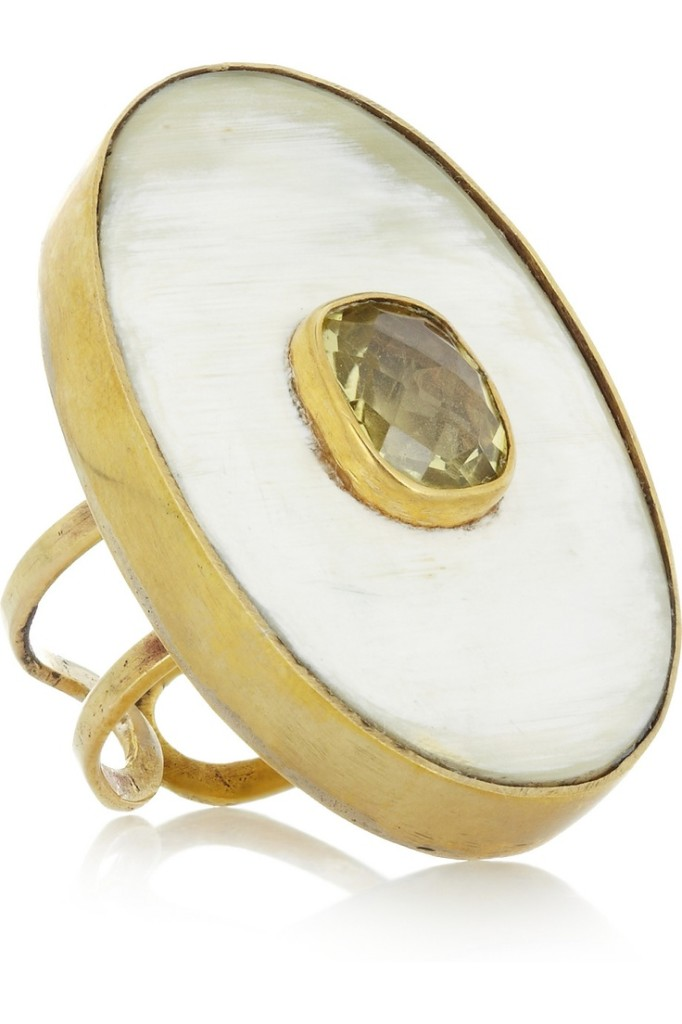 Kubwa topaz and horn ring.