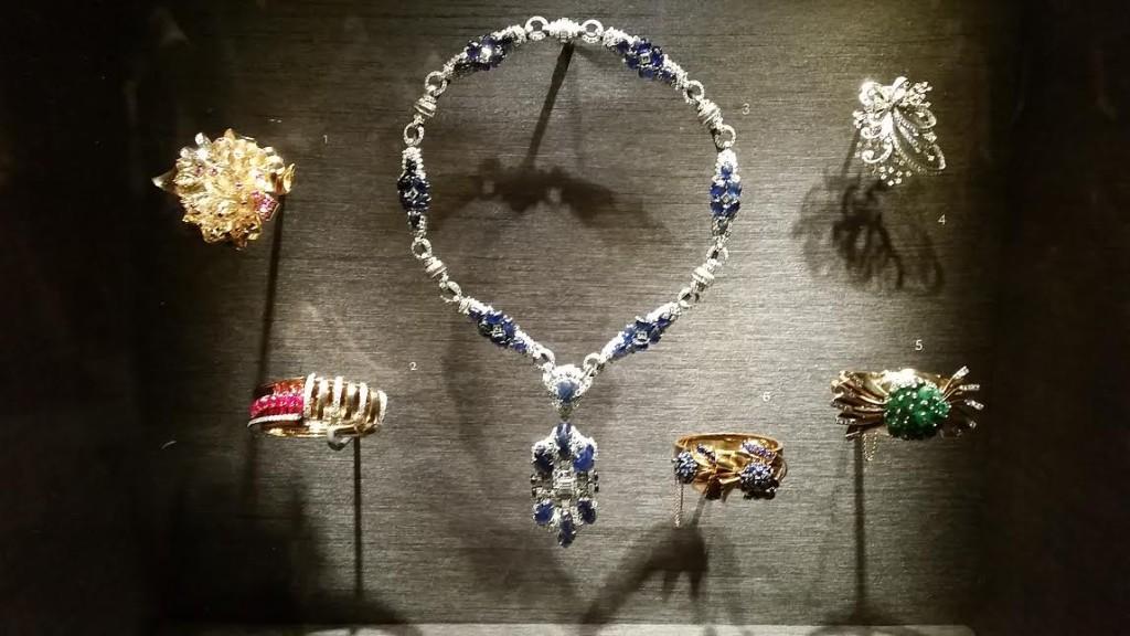 High Style jewels by Trabert & Hoeffer-Mauboussin.